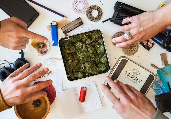 Les Clubs Sociaux de Cannabis, la solution pour le Québec?